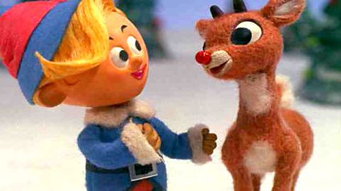 """""""NO!"""": Rudolph the Red-Nosed Reindeer """"dies"""" in tragic parade-float accident"""