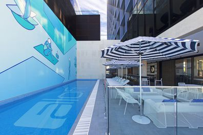Aloft Perth, hotel, Splash pool