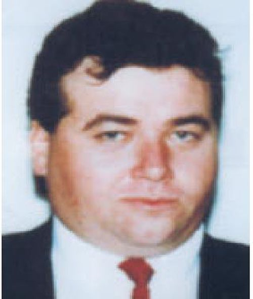 Robert Sabeckis was shot dead in the Gull Rock car park at Maslin Beach, south of Adelaide, in January 2000. (SA Police)