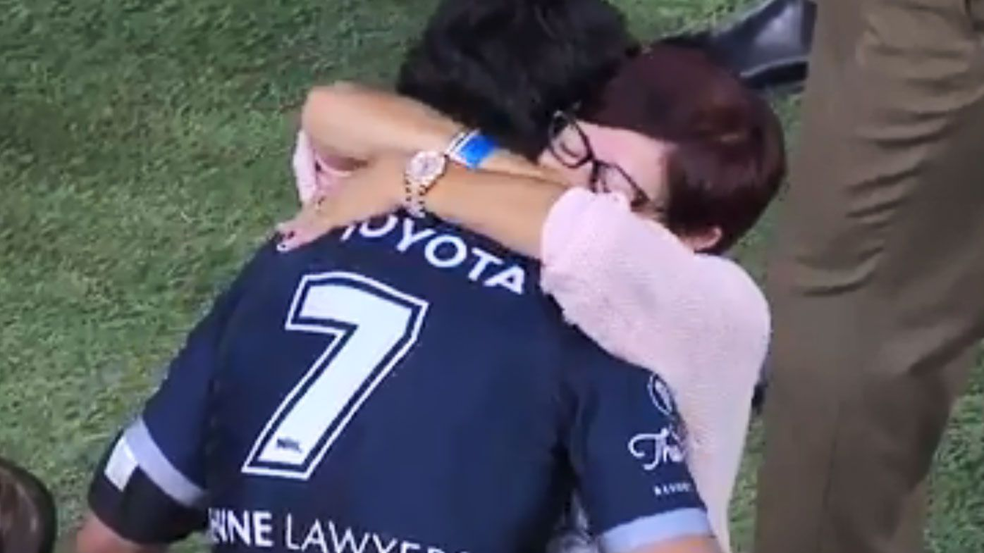 JT shares a special moment with his mother. (Nine)