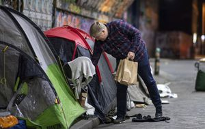 COVID-19 leads to increase in youth homelessness, fears they'll be targeted by police