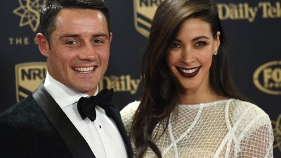 Cooper Cronk and Tara Rushton marry in beach-side wedding