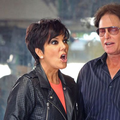 <p>On Bruce: Kris' side</p>