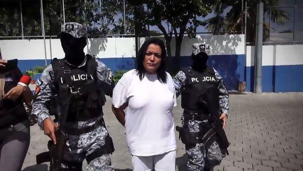 Esmeralda Aravel Flores Acosta