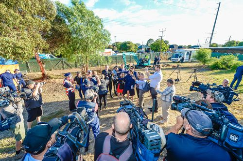 Detective Inspector Greg Hutchins speaks to the media during a press conference at the site of a factory in Plympton, Adelaide. (AAP)