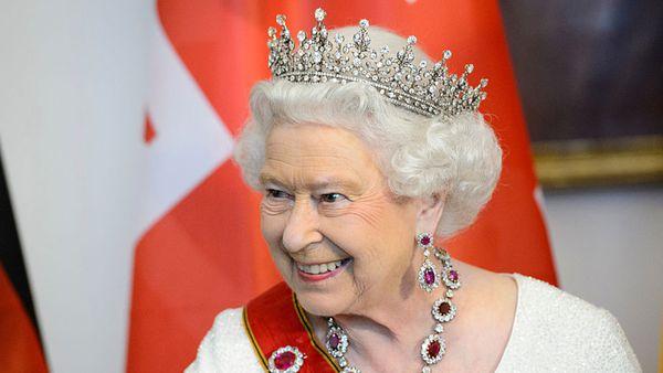 Victoria Arbiter: The important milestone Queen Elizabeth will celebrate quietly