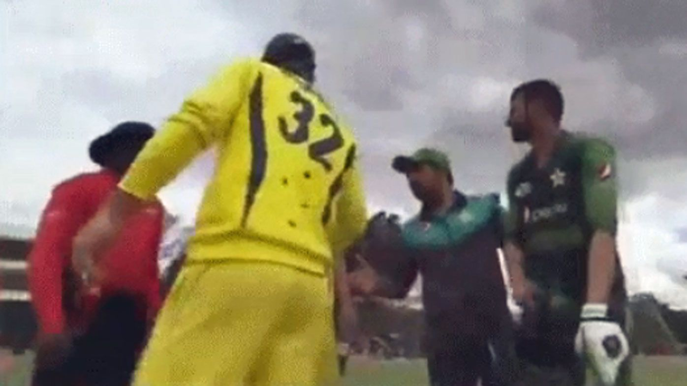 Australian allrounder Glenn Maxwell slammed for handshake snub with Pakistan's Safraz Ahmed after T20 final