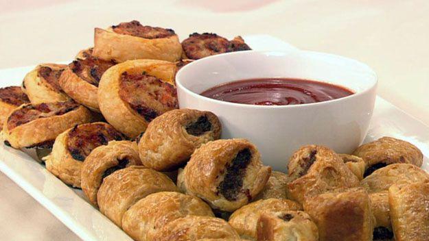Sausage rolls and pizza spirals