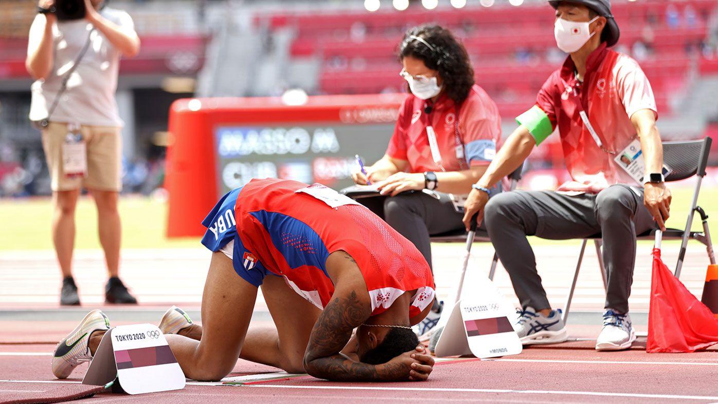 'Extraordinary scenes' headline high drama in men's long jump final