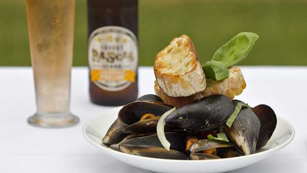 Mussels with Cheeky Rascal apple cider