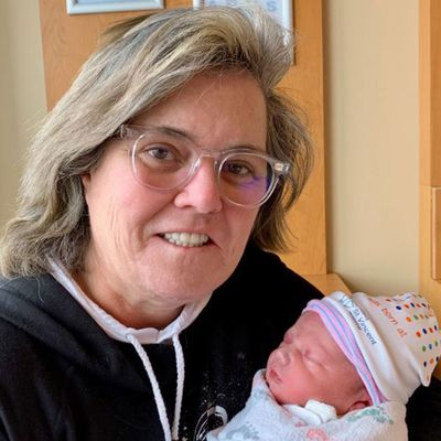 Rosie O'Donnell becomes a grandma