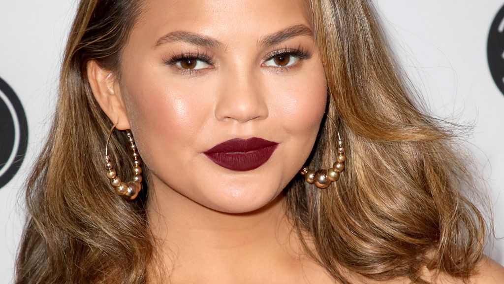 Chrissy Teigen's body struggles