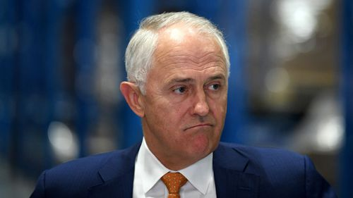 Malcolm Turnbull's government has delayed the sitting of the House of Representatives by a week. (AAP)