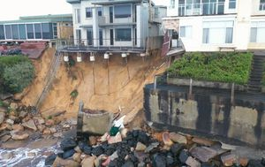 Beachside community facing four weeks out of their homes after erosion