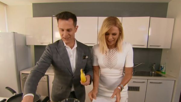 Sonia Kruger cooks up healthy banana pancakes on Today Extra