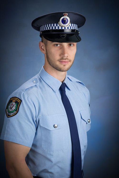 Stabbed officer
