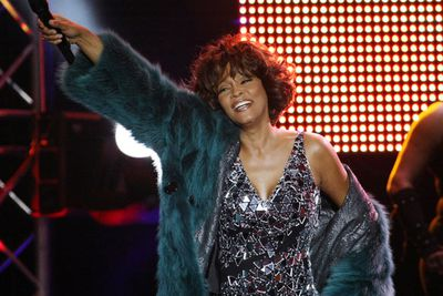 "In 2009, Whitney appeared on Oprah, in what was her first interview in seven years. She admitted to using drugs with ex-husband Bobby, even revealing their drug of choice - marijuana laced with rock cocaine. By 1996, she told Oprah, her own drug use was an ""everyday thing…I wasn't happy by that point in time. I was losing myself.<p><br/>"