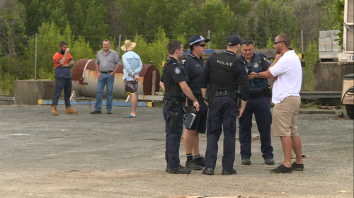 Workmates and family conducted a search at Chinaman Creek for the man last night but turned up no clues to his whereabouts. (9NEWS / Sacha Passi)