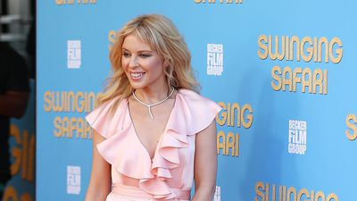 Kylie Minogue stuns on the red carpet