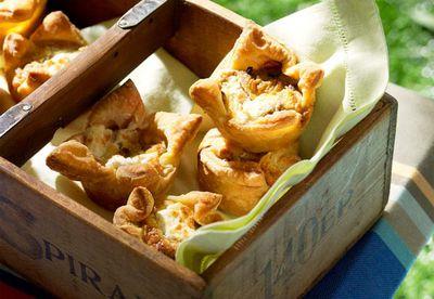 Portabella mushroom, leek, goats' cheese & thyme tarts