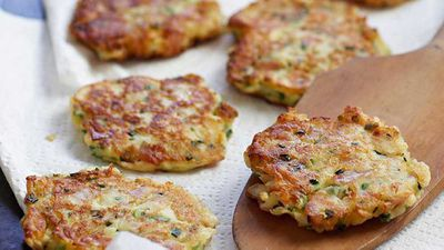 "<a href=""http://kitchen.nine.com.au/2016/05/16/13/48/ricotta-and-ham-fritters"" target=""_top"">Ricotta and ham fritters</a> recipe"