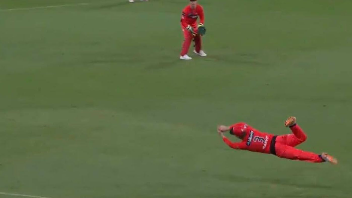 'Like Bosnich for the Villa': Melbourne Renegades youngster Mackenzie Harvey pulls off the catch of BBL10