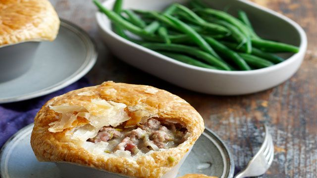 Pork and fennel pot pies