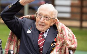 London honours 100-year-old COVID-19 hero Tom Moore