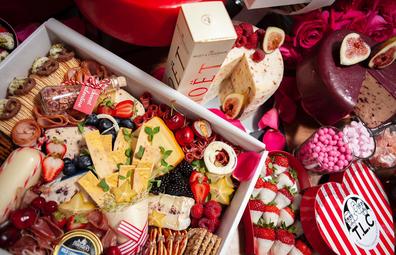 Luxury Valentine's Day hamper