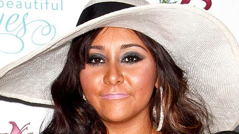 A sign of end times: Snooki is writing a book
