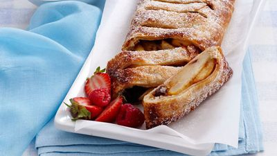 Pear and date strudel