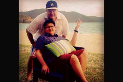 @ericstonestreet: Here is a picture of Rico(seated), who plays Manny on Modern Family, and me(standing) on a beach in Whitsunday islands. #hayman