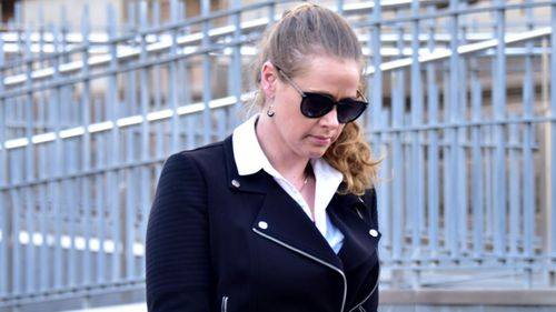 Former Australian Idol winner Kate DeAraugo fronts Bendigo Magistrates Court on drugs and weapons charges. (AAP)