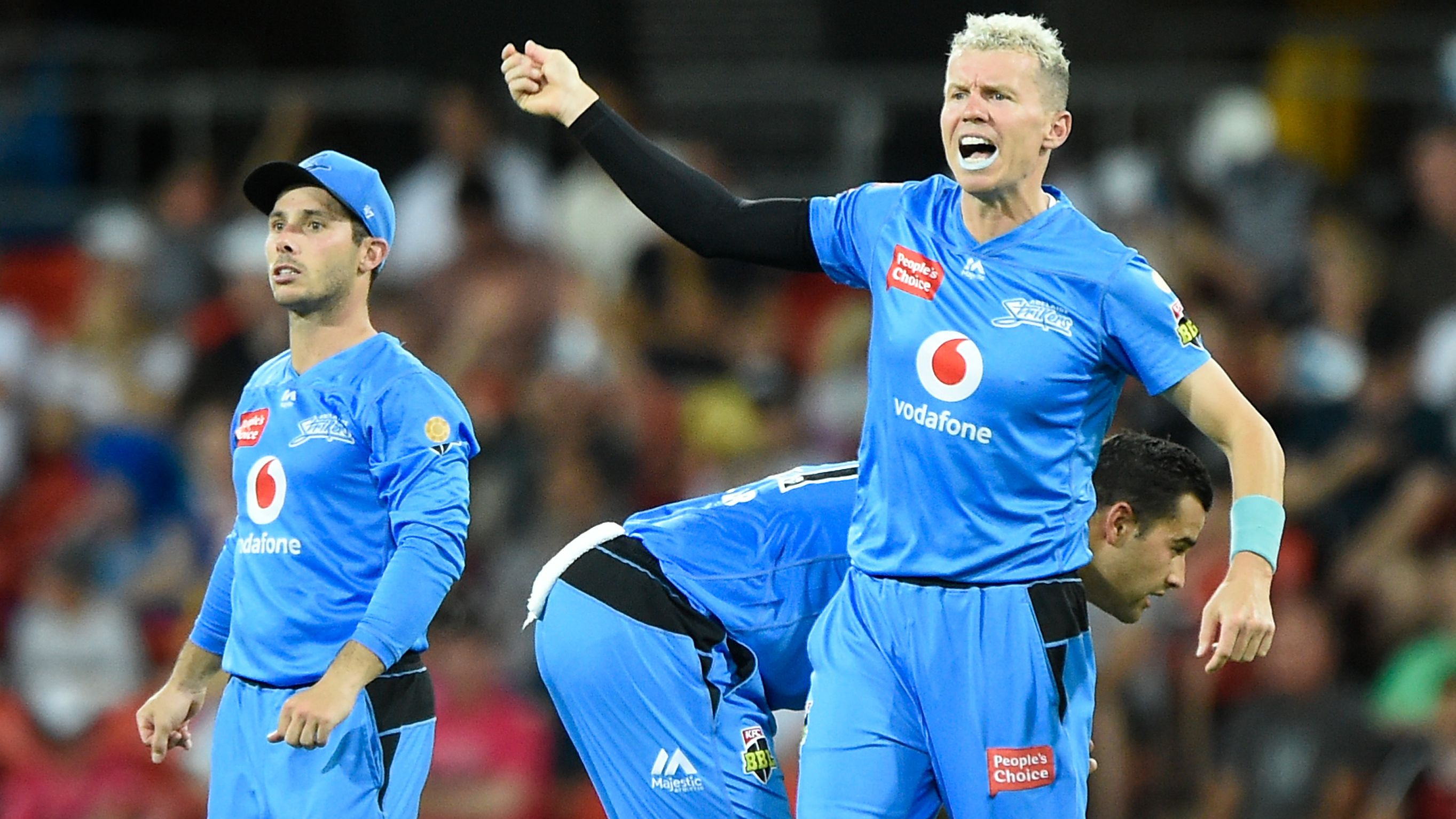 Peter Siddle of the Strikers gestures during the Big Bash League match.