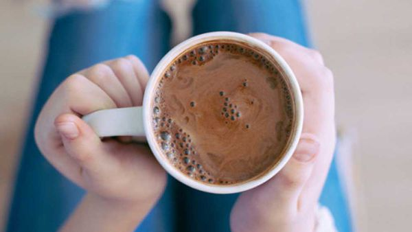 I Quit Sugar's anti-inflammatory hot chocolate