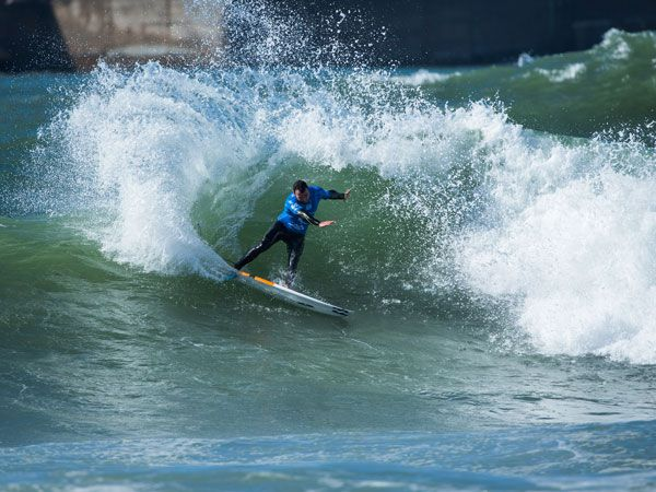 Joel Parkinson carves a wave at Peniche, Portugal, during the Rip Curl Pro. (Getty)
