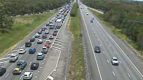 Holiday drivers facing third day of Bruce Highway delays