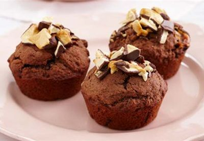 Muffins with Violet Crumble