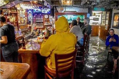 This bar is not deterred by Hurricane Florence