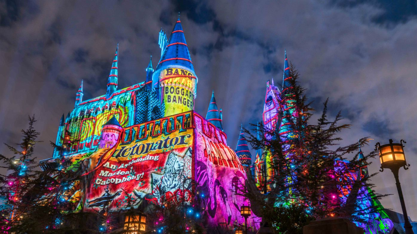 Universal Studios Harry Potter Christmas Light Show