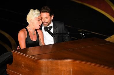 Lady Gaga and Bradley Cooper sing duet at Oscars