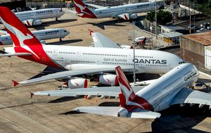 Qantas set to offer bargain $19 flights, enhanced in-flight safety when domestic travel resumes