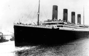 Plan to retrieve Titanic radio spurs debate on human remains