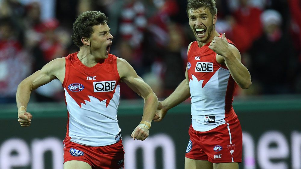 AFL: Sydney Swans sound ominous September warning in win over Geelong Cats