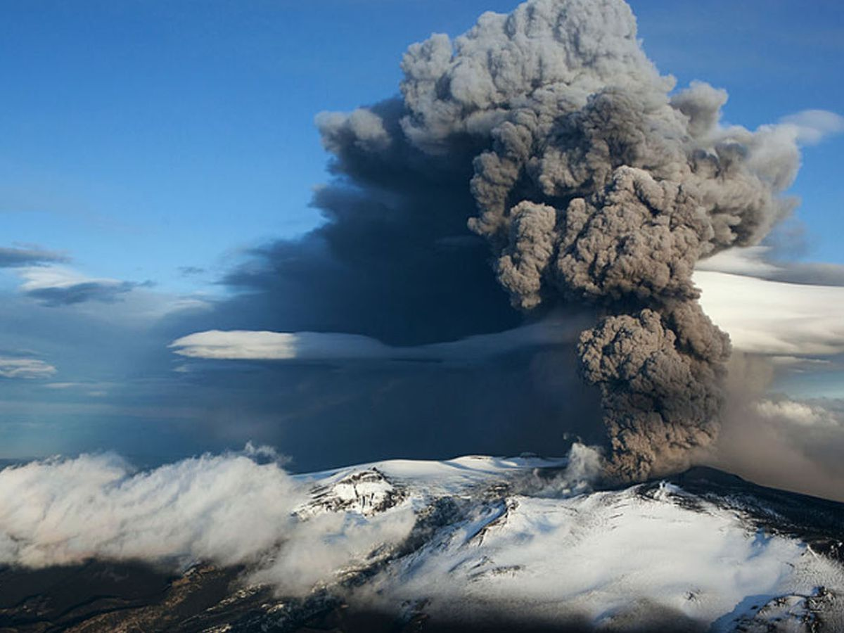 Iceland volcano eruption imminent after thousands of earthquakes in one week