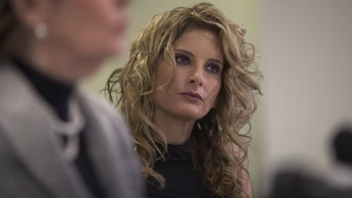Summer Zervos attends a press conference with attorney Gloria Allred (L) to announce their defamation lawsuit against Donald Trump on January 17, 2017 in Los Angeles, California.