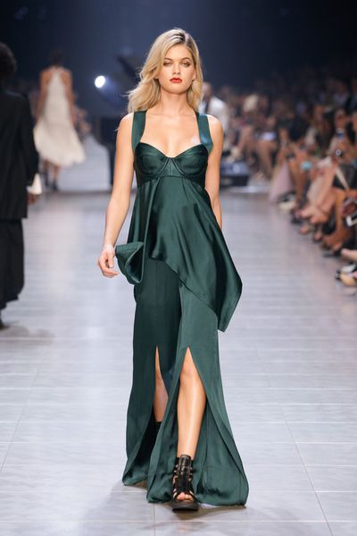 This emerald gown is all about layers.