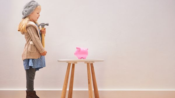 Learn how to budget now, benefit forever. Image: Getty.