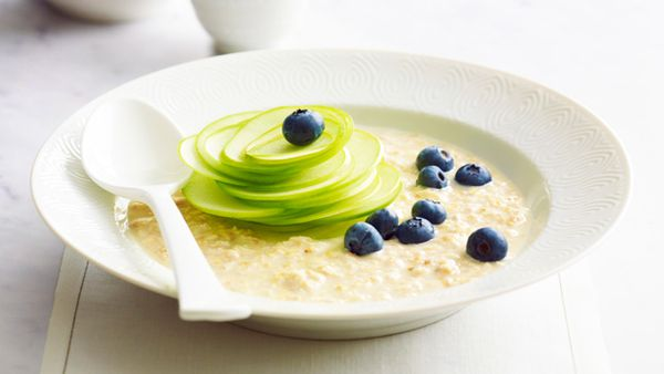 Blueberry and apple bircher muesli