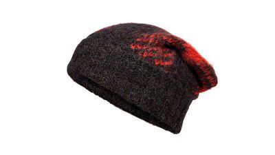 "<a href=""http://www.stylebop.com/au/product_details.php?id=564193"" target=""_blank"">Cammie Plaid Knit Beanie, $157, Rag &amp; Bone</a>"